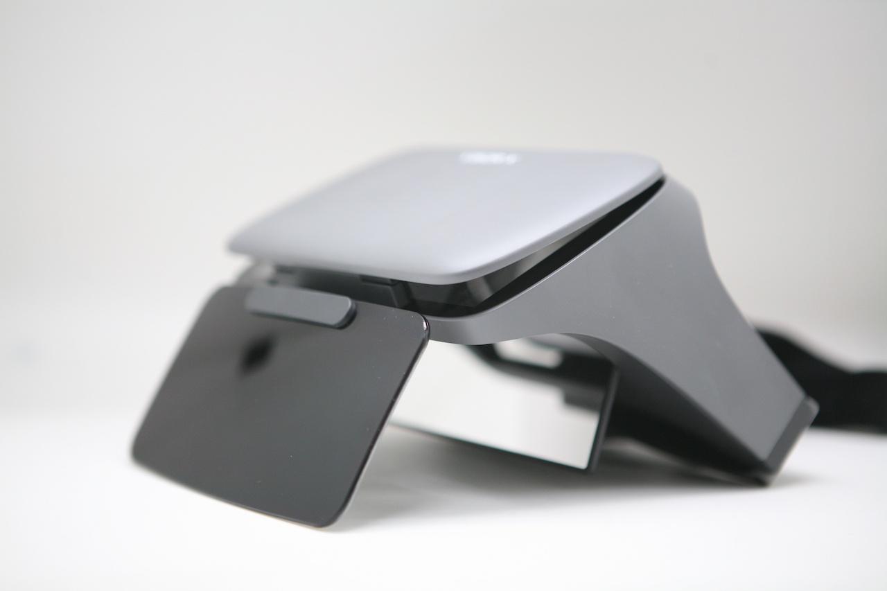 Занятный опыт просмотра видео: вместо VR — очки с зеркалами Ximmerse Visor-X - 2