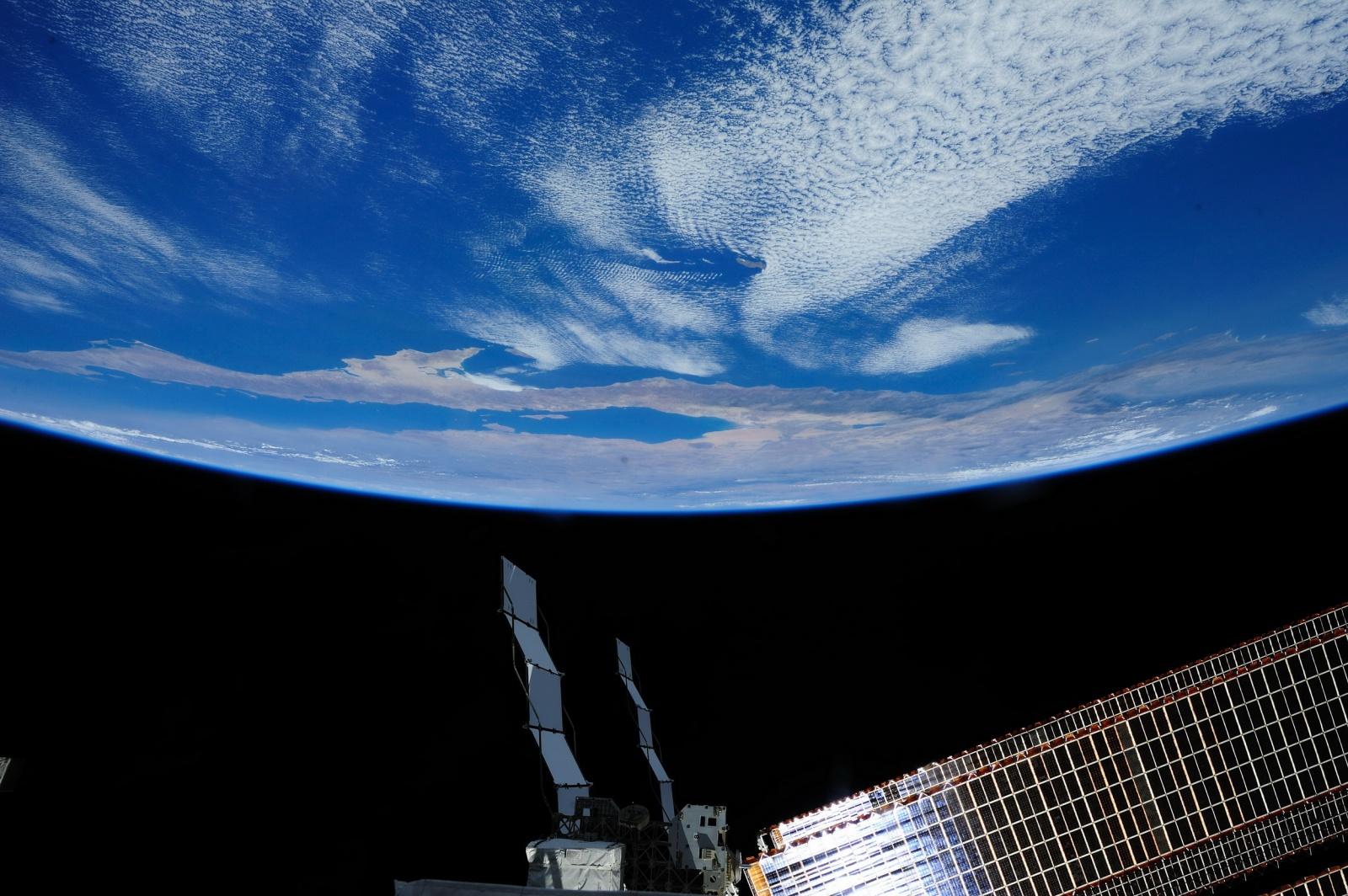 Интервью с космонавтом Александром Лавейкиным о космическом кино, перегрузках в 20 единиц и мягкой посадке - 2