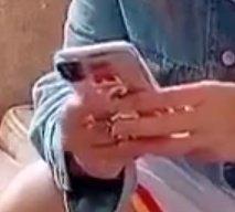 Видео дня: смартфон, похожий на iPhone XI, в руках пользователя