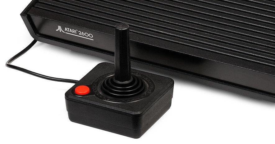 Как эволюционировали игровые контроллеры: видео