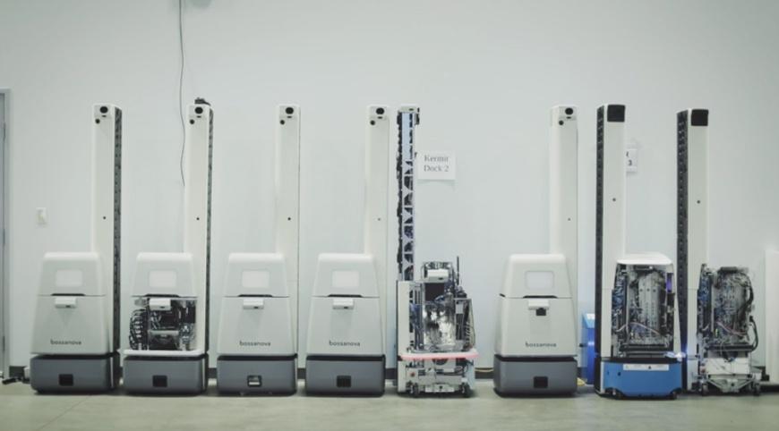Еще больше роботов: Walmart внедряет тысячи машин для работы в своих магазинах - 4