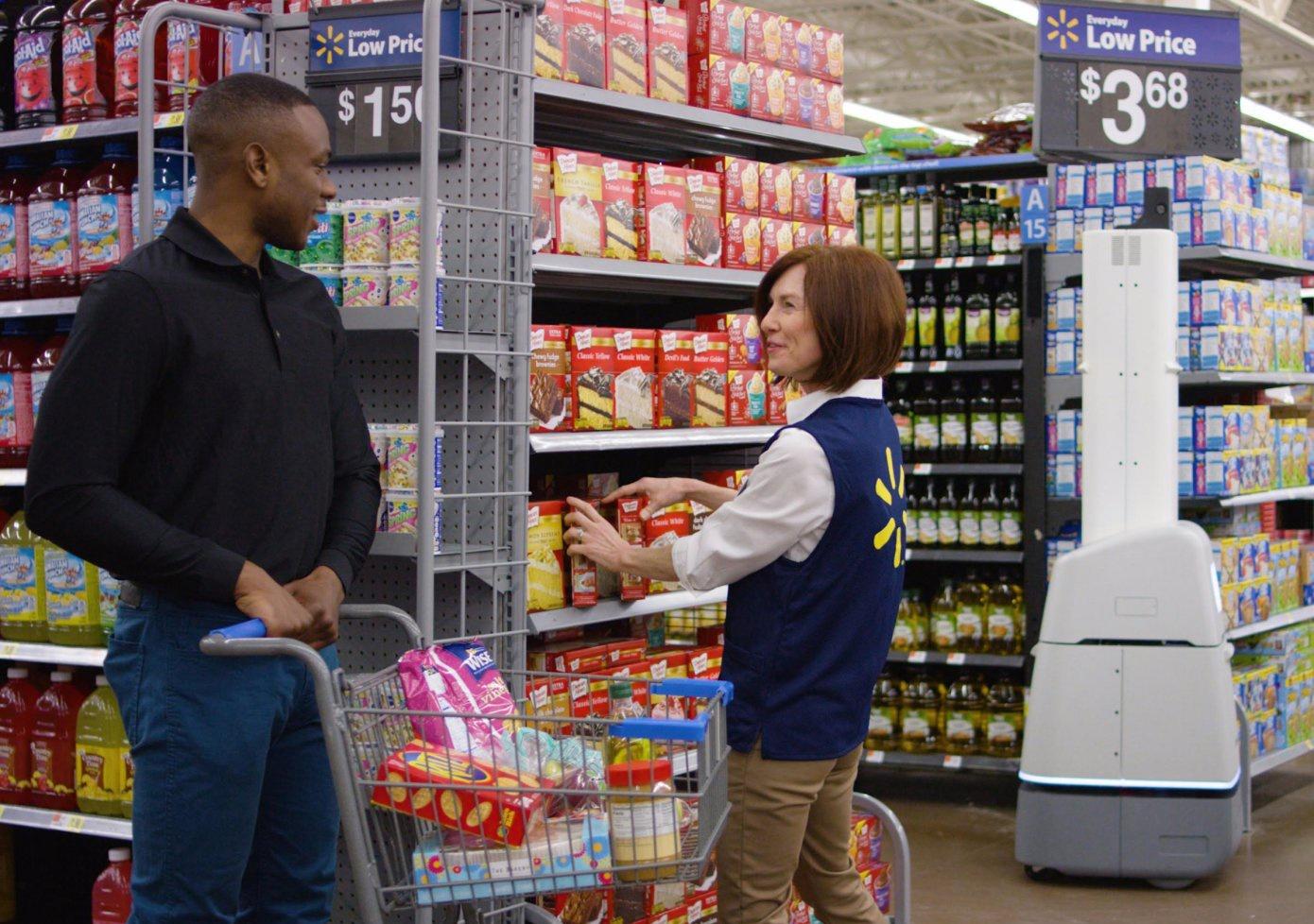 Еще больше роботов: Walmart внедряет тысячи машин для работы в своих магазинах - 1