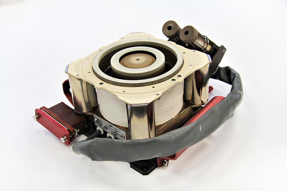 Изготовление плазменных двигателей в России - 1
