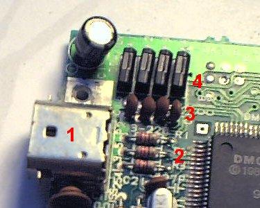 Установка разъёма для кабеля связи в Super Game Boy - 2