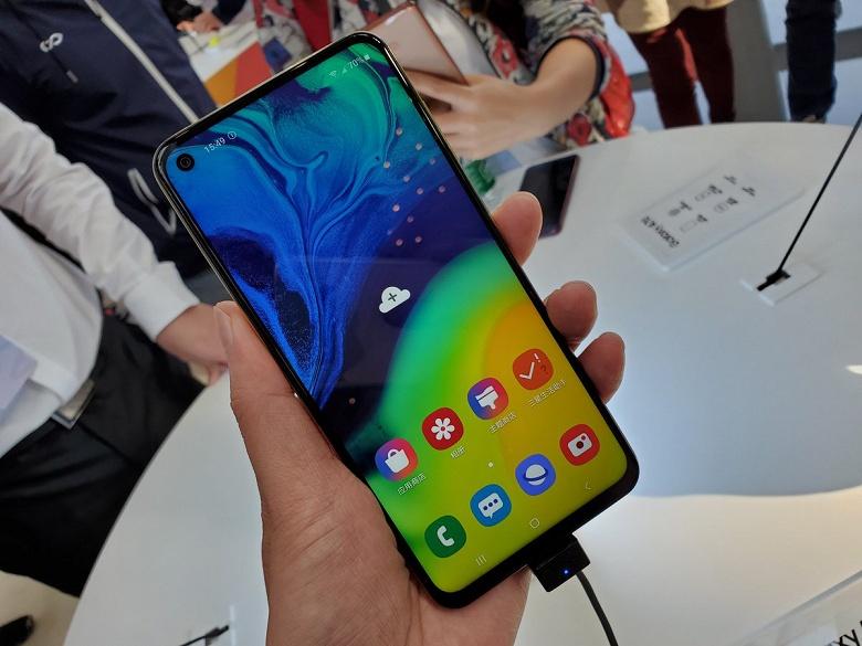 Samsung Galaxy A60 получил технологию Screen Sound, NFC, две камеры по 32 Мп, аккумулятор на 3500 мА•ч при цене менее 300 долларов
