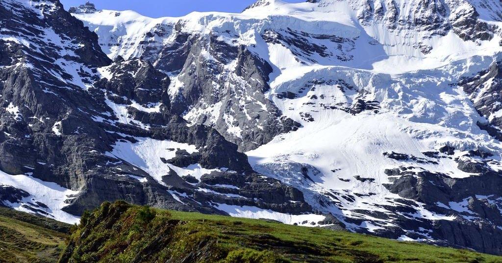 Как таяние льдов постепенно облучает всю планету: радиоактивное наследие