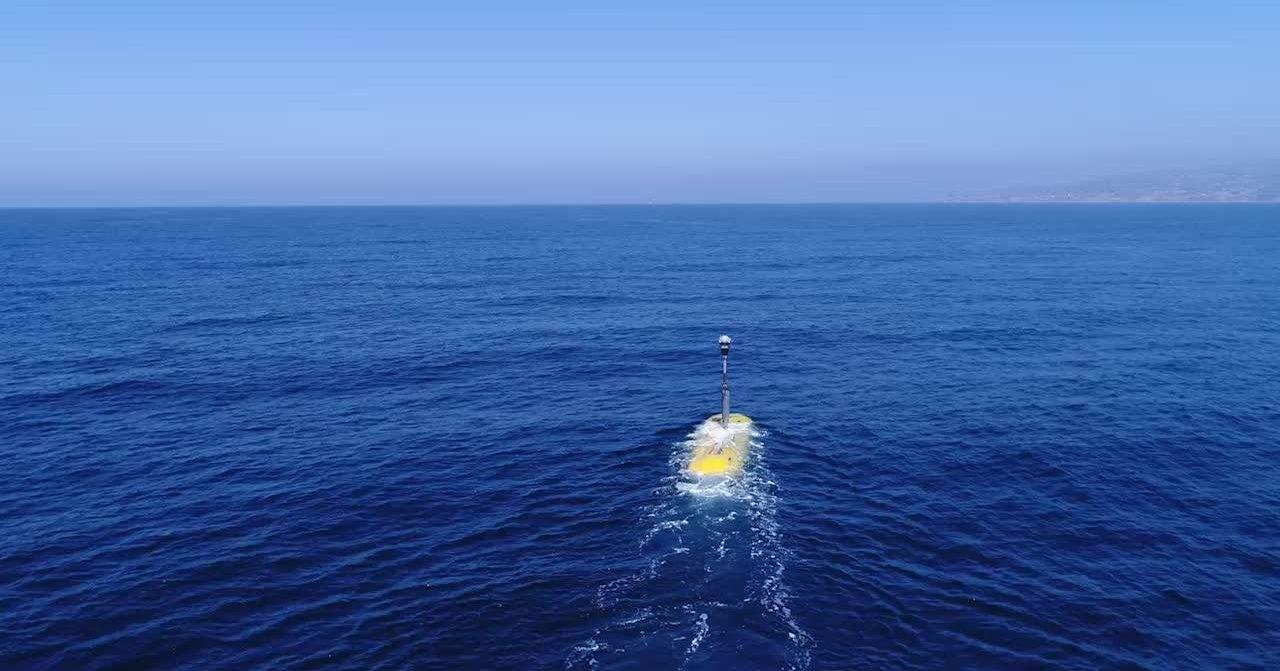Британцам нужны большие подводные роботы