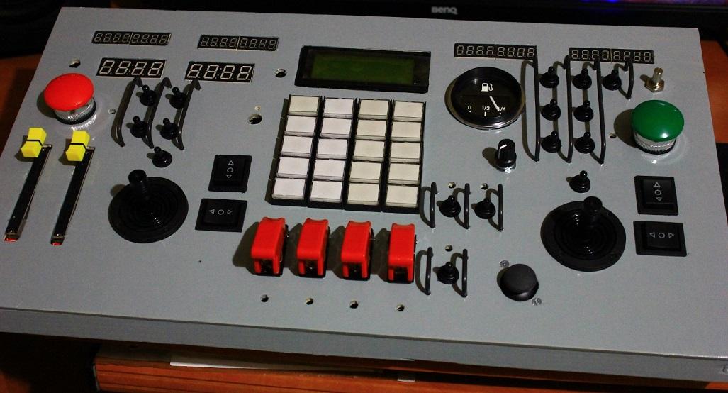 USB панель управления космическим кораблем своими руками - 1
