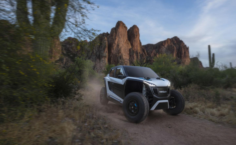 Компания Nikola Motor представила два электрогрузовика и кое-что еще - 6