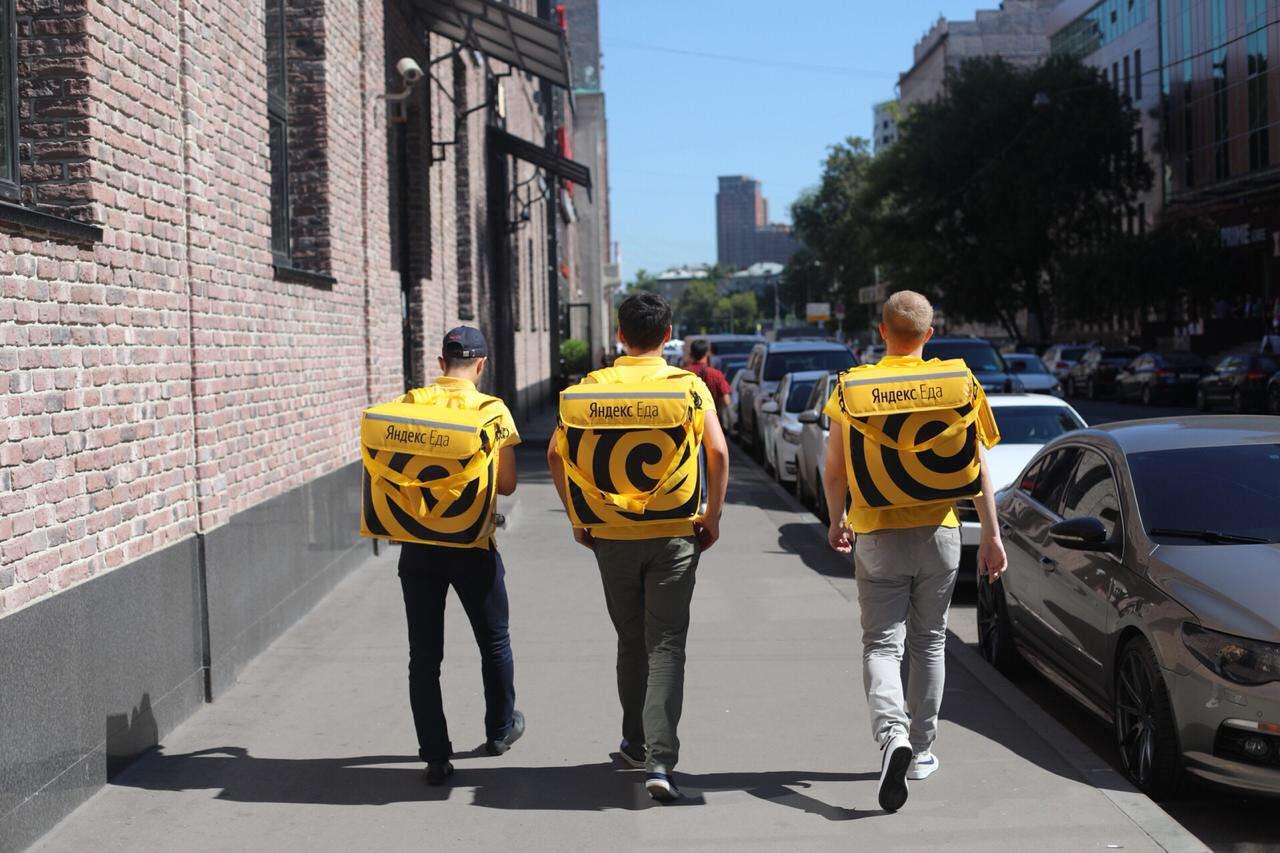 Смерть курьера «Яндекс.Еды» запустила волну жалоб на условия труда в компании - 1