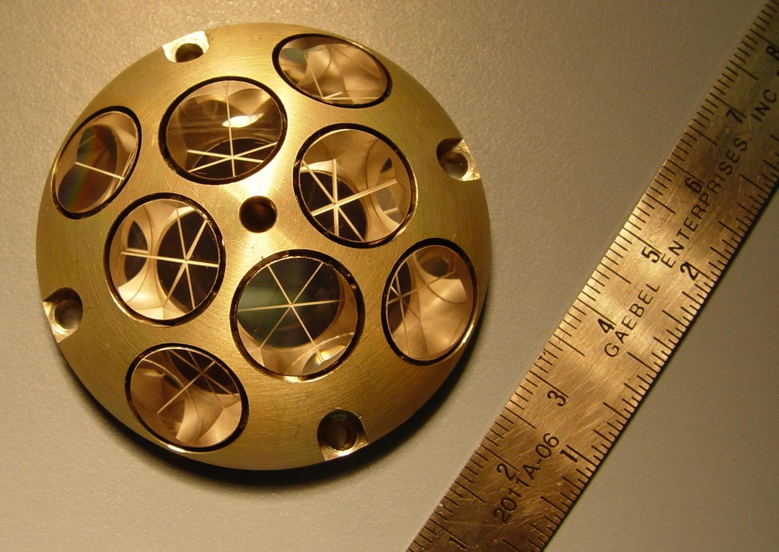 Лунная миссия «Берешит» — начаты поиски первой лунной библиотеки после аварии ее носителя - 36