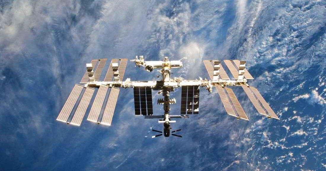 МКС уже 24 раза уклонялась от опасных объектов