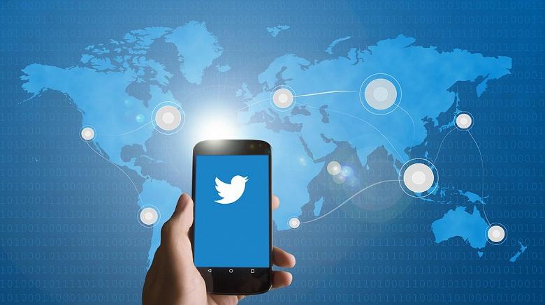 Количество активных пользователей Twitter за год уменьшилось