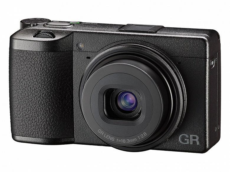 Обновление прошивки улучшает функцию автофокусировки камеры Ricoh GR III - 1