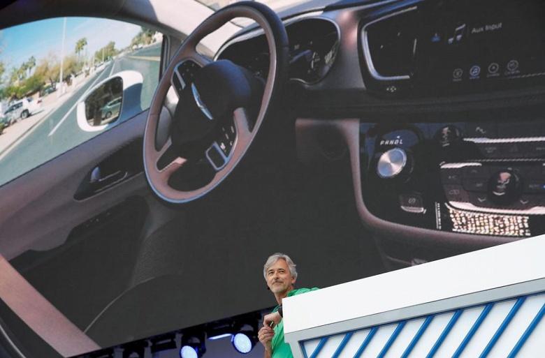 Самоуправляемые автомобили Waymo будут выпускаться в Детройте