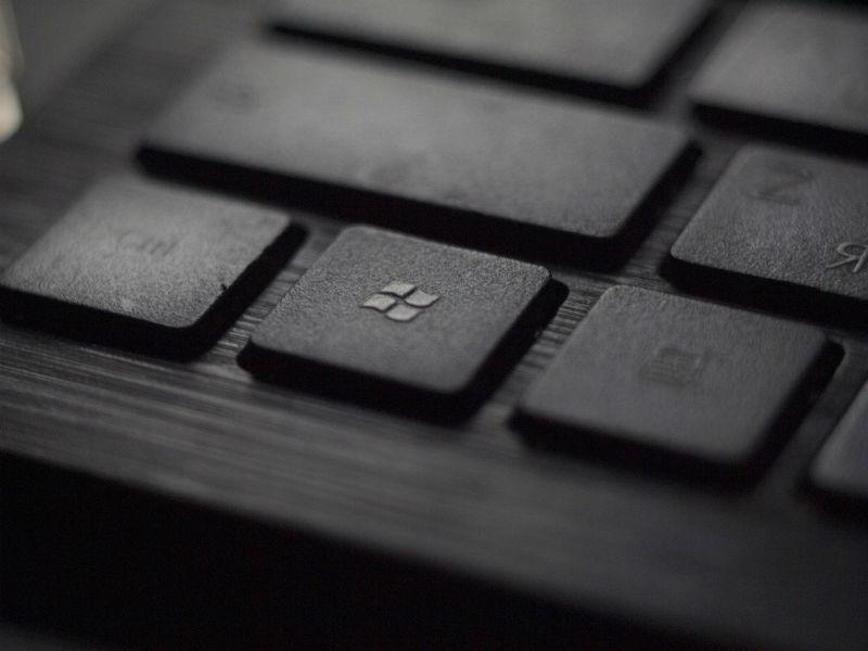 Аналитики: оценка Microsoft вскоре превысит $1 трлн - 1