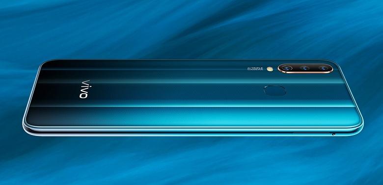 С прицелом на автономность. Смартфон Vivo Y17 получил огромный аккумулятор и экран невысокого разрешения