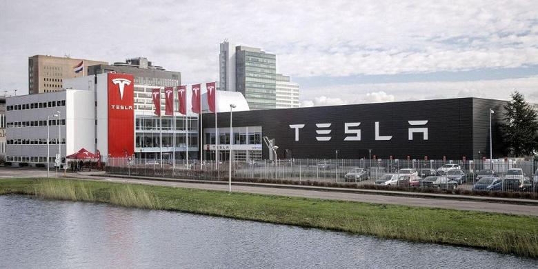 Снова в минус. Минувший квартал вернул Tesla в привычное убыточное состояние