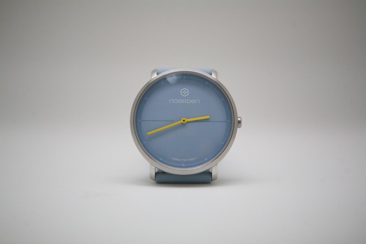 Noerden Life2 — аналоговые часы с «жестовым» управлением и «сенсорным» стеклом - 2