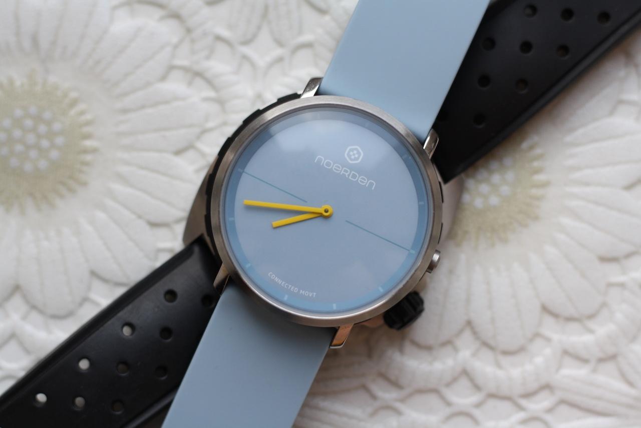 Noerden Life2 — аналоговые часы с «жестовым» управлением и «сенсорным» стеклом - 5