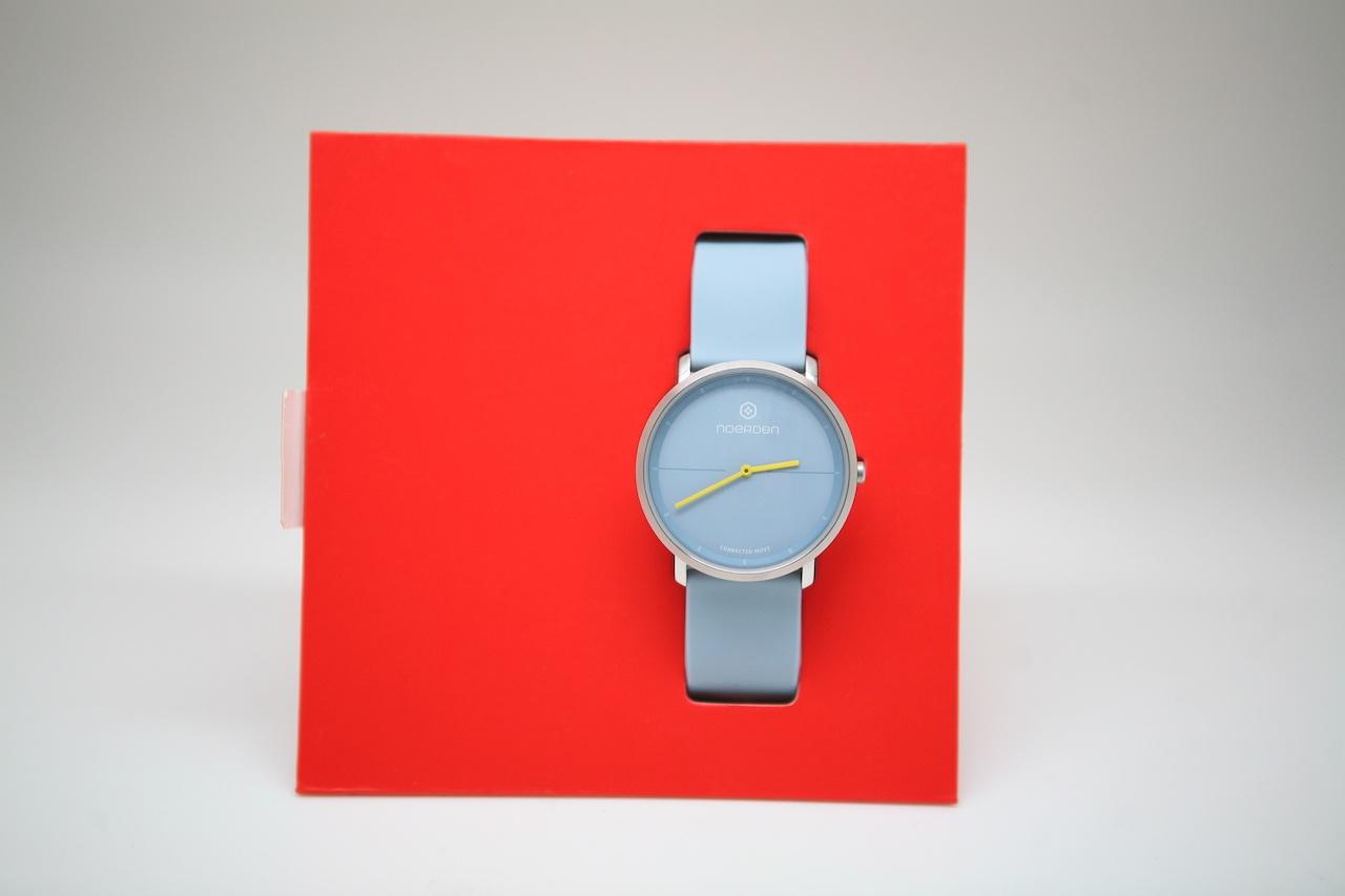 Noerden Life2 — аналоговые часы с «жестовым» управлением и «сенсорным» стеклом - 1