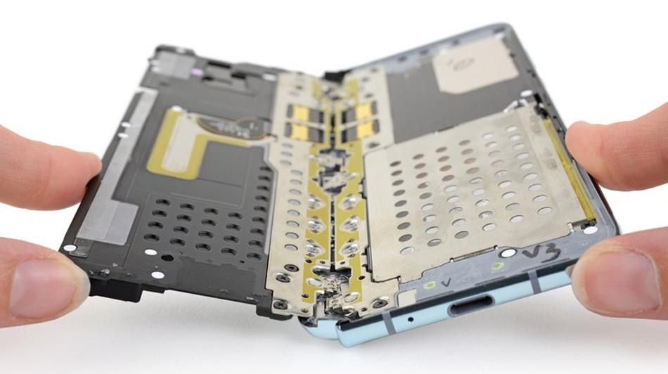 Когда новые технологии важнее основ: почему «сгибаемый» Samsung Galaxy Fold оказался провалом - 6