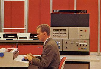 55 лет спустя: культовые консоли легендарных мейнфреймов IBM System-360 - 10
