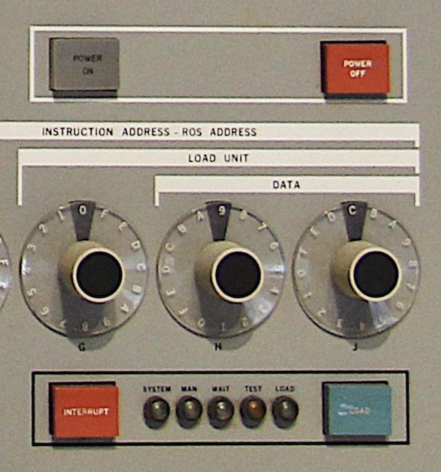 55 лет спустя: культовые консоли легендарных мейнфреймов IBM System-360 - 3
