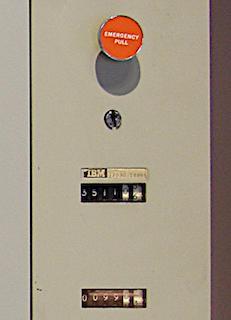 55 лет спустя: культовые консоли легендарных мейнфреймов IBM System-360 - 6