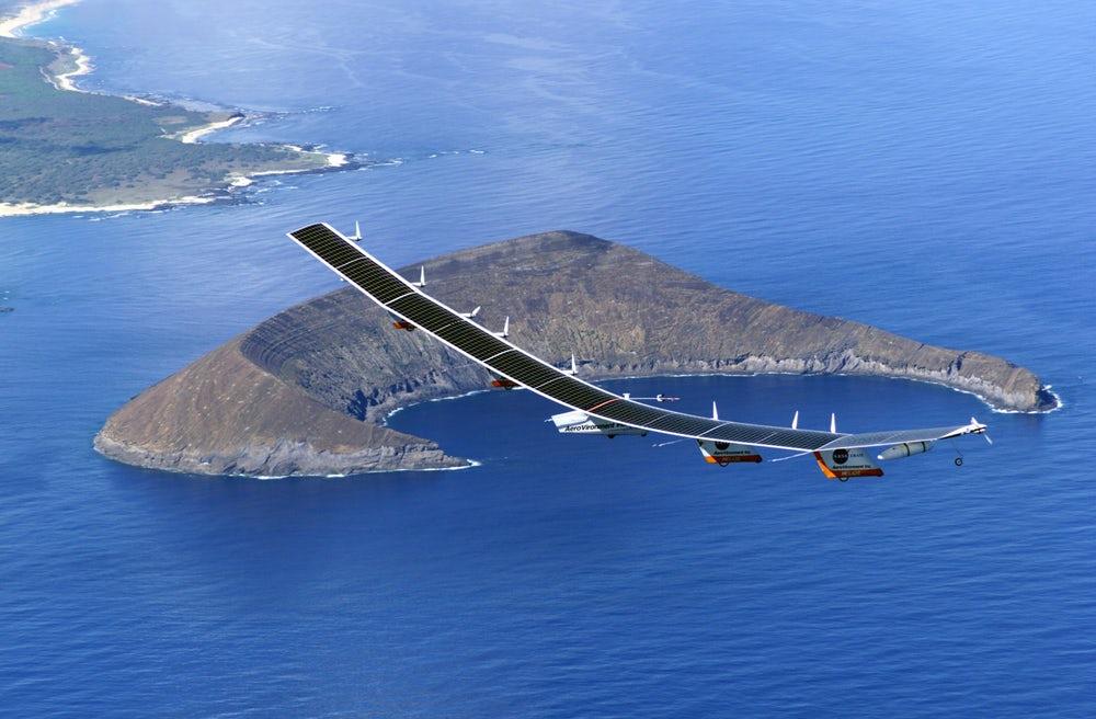 Новые солнечные панели от Alta Devices позволяют беспилотникам годами находиться в стратосфере - 1