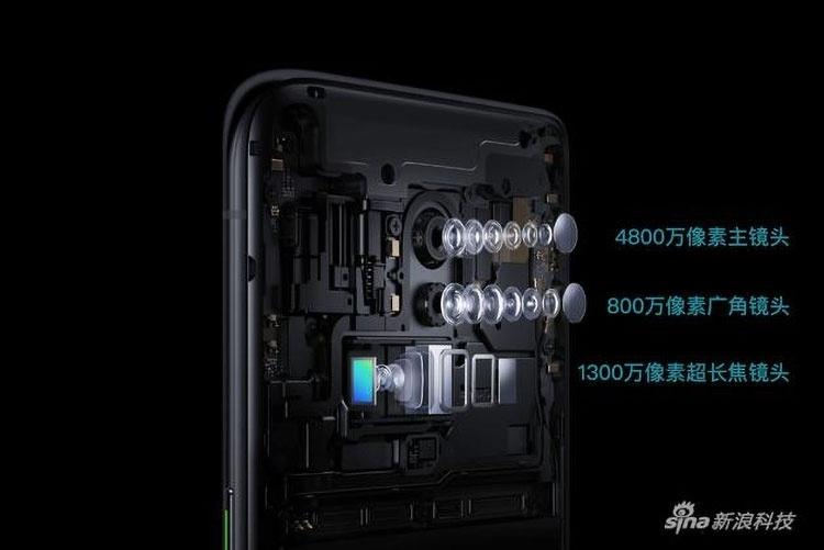 Разборка Oppo Reno 10X Zoom Edition показывает устройство камер