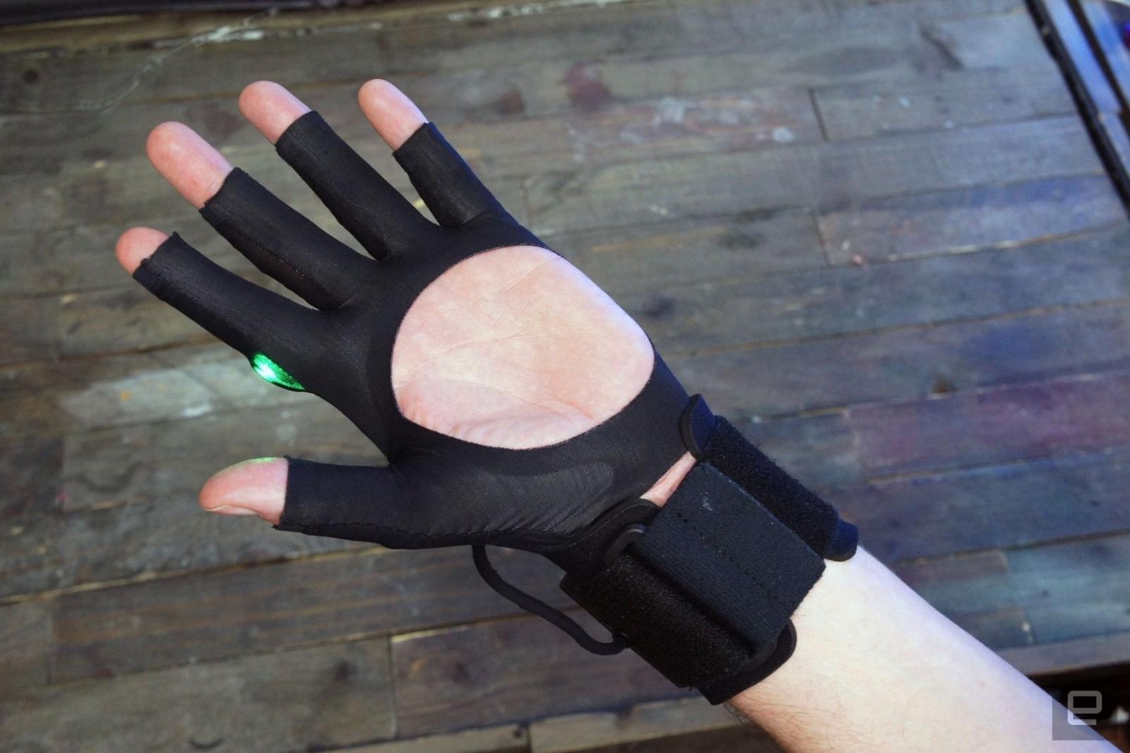 Видео: беспроводные музыкальные перчатки Mi.Mu творят музыку буквально из воздуха