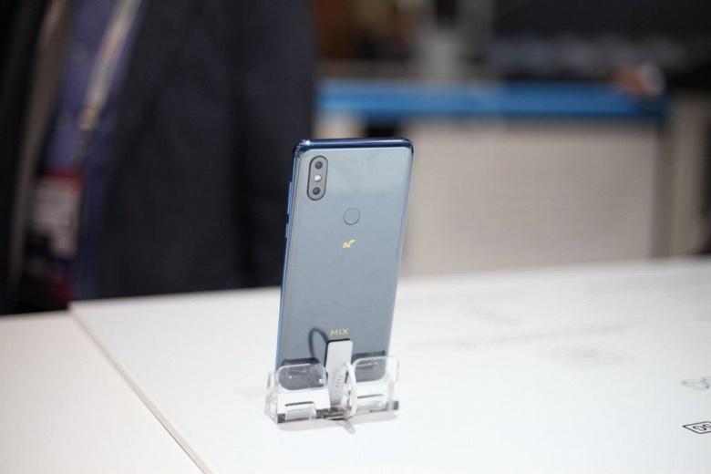 SoC Snapdragon 855 плюс новое поколение связи. Стартуют продажи первого смартфона Xiaomi с поддержкой 5G