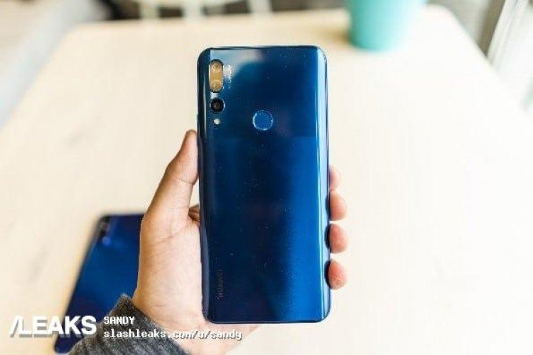 Первым смартфоном Huawei с выдвижной камерой может стать Y9 Prime 2019
