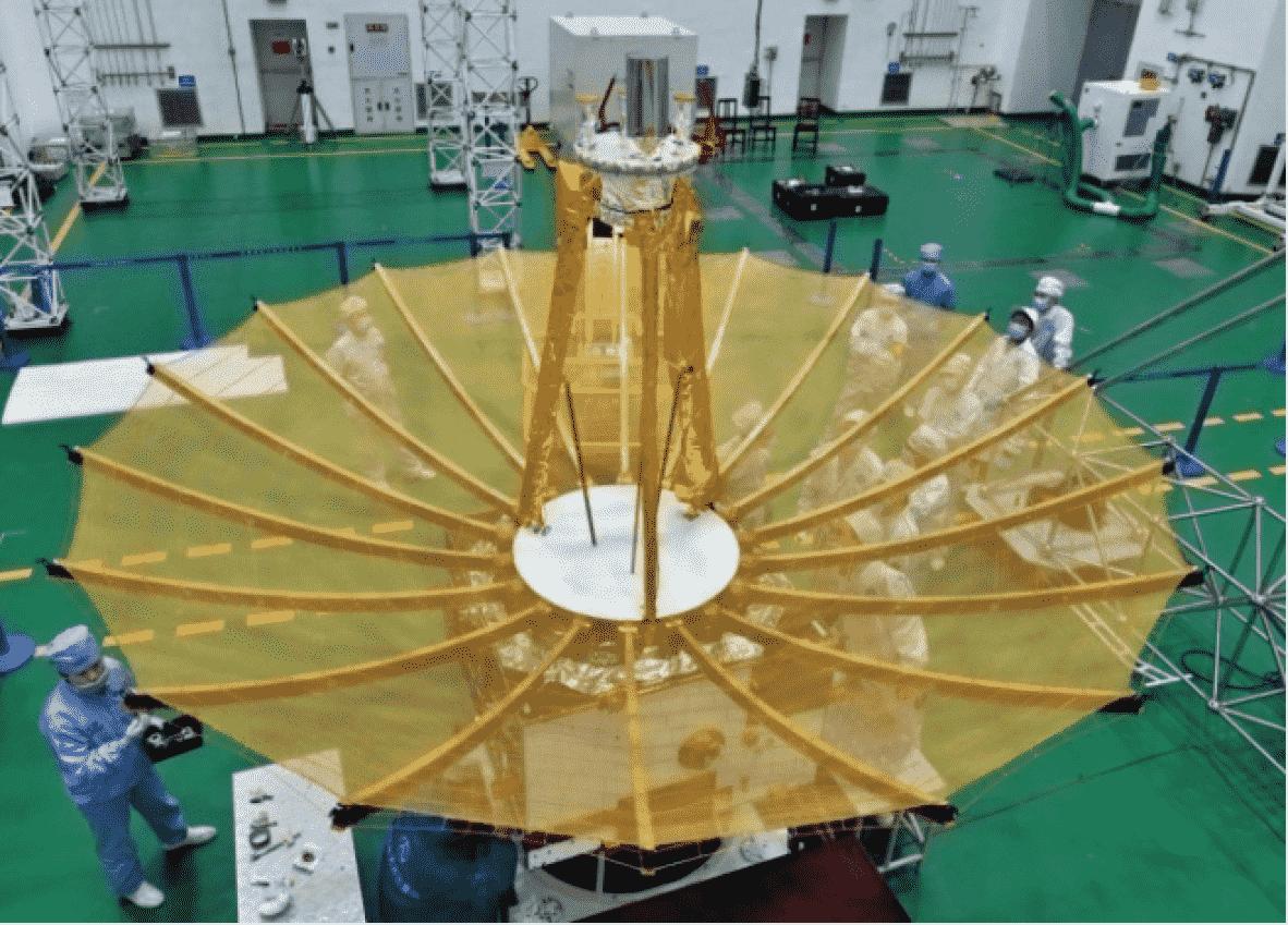 Миссия «Чанъэ-4» — спутник-ретранслятор «Цэюцяо» (Сорочий мост) - 1