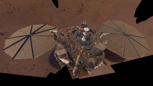 Аппарат «InSight» прислал второе селфи с Марса - 1