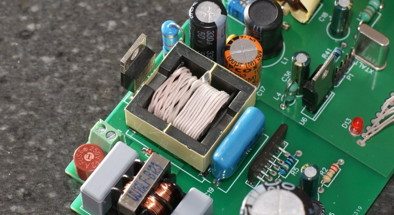 Reverse engineering a high-end soldering station - 10