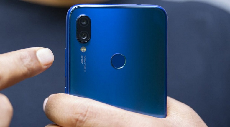 В честь 2 млн проданных в Индии Redmi Note 7 и Redmi Note 7 Pro вице-президент Xiaomi пообещал новый смартфон с камерой на 48 Мп