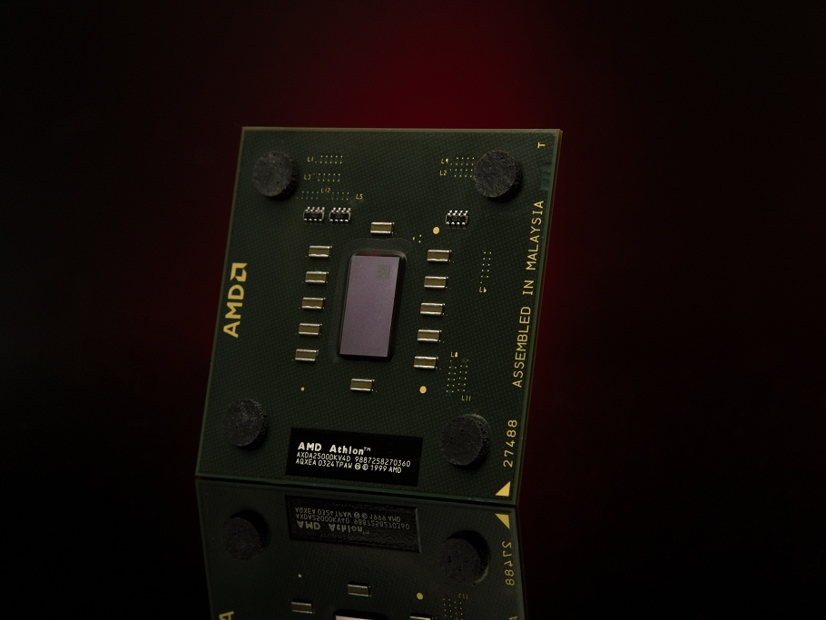 История компании AMD: 50 лет стремительного развития - 1