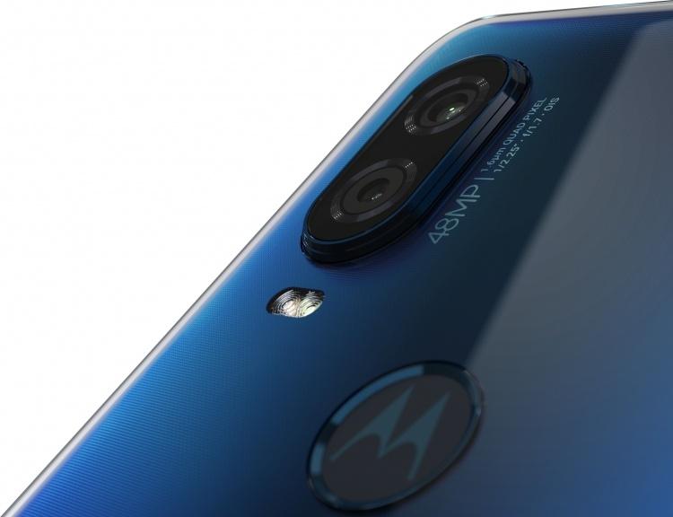 Смартфон Motorola One Vision: экран 6,3″, 25-Мп фронтальная и 48-Мп основная камеры