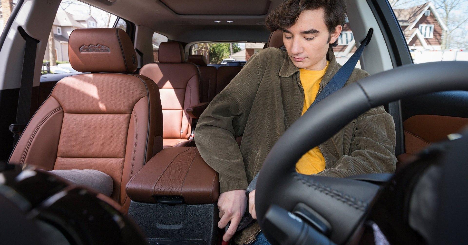 Chevrolet заставит подростков пристёгиваться