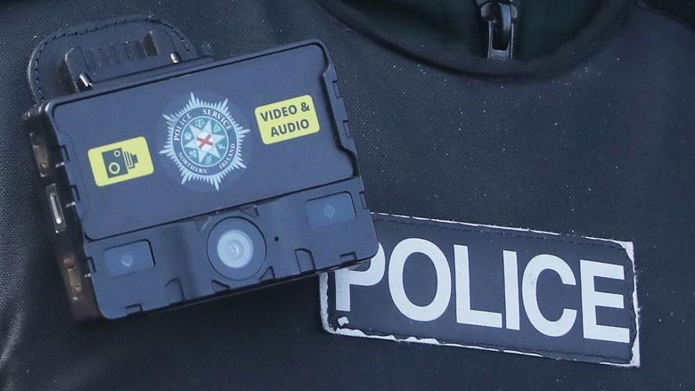 В Калифорнии могут запретить распознавание лиц носимыми полицейскими камерами