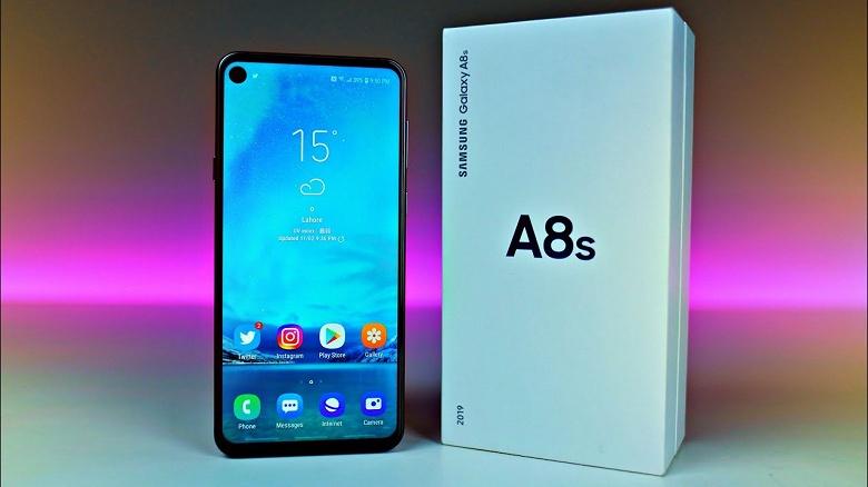 Samsung Galaxy A8s, первый смартфон компании с отверстием в экране, обновили до Android 9 Pie