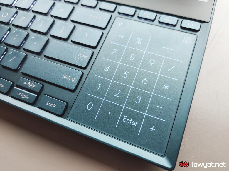 Когда одного экрана мало. Ноутбук Asus ZenBook Pro Duo оснащен дисплеем OLED диагональю 15,6 дюйма и 14-дюймовым экраном IPS