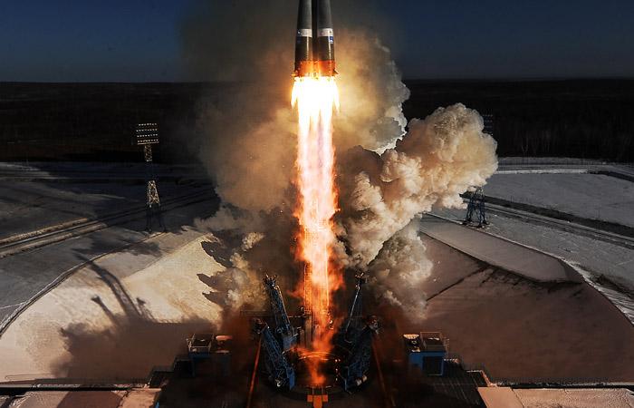 США прекратят запуск коммерческих спутников с использованием российских носителей с 2023 года - 1