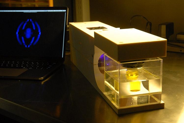 Фотополимерный 3D-принтер из бытового видеопроектора создает объекты без слоев - 4