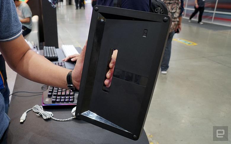 Создатели клавиатуры Chassepot C1000 нашли необычное место для цифровых и функциональных клавиш