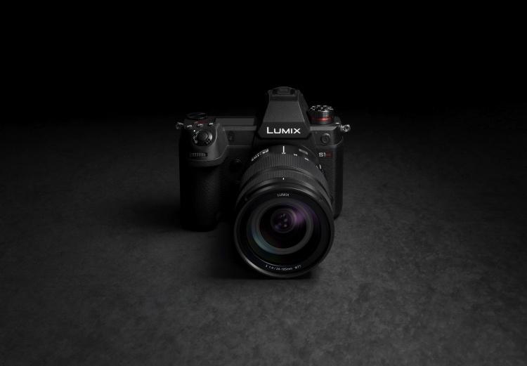 Полнокадровая беззеркалка Panasonic Lumix S1H сможет снимать видео в 6K