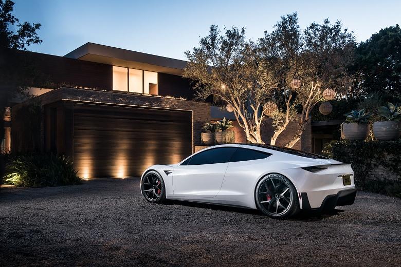 Гиперкар Tesla Roadster может не выйти в следующем году