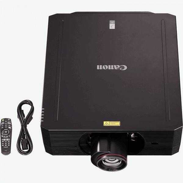 Лазерный проектор Canon XEED 4K6021Z имеет аппаратное разрешение 4K